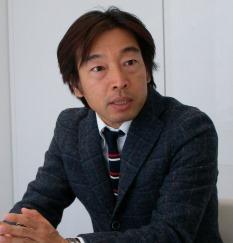 akiyama1.jpg