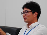 tokuyama_pic04.jpg
